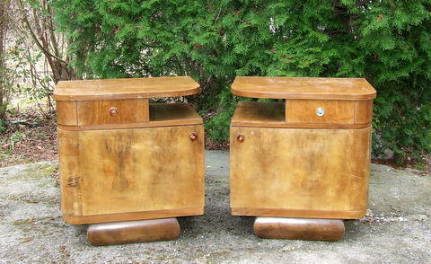 Art Deco nightstands.